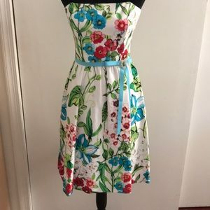 David Meister  floral strapless dress size 4